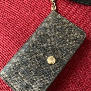 Micheal kors phone and card holders